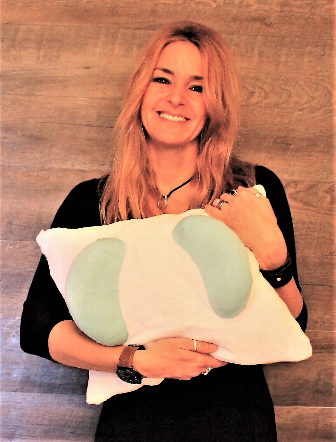 Helene Inventor of the Back to Beauty Anti-Wrinkle Beauty Pillow for Back Sleeping Wrinkle Prevention Anti Aging Back Sleeping